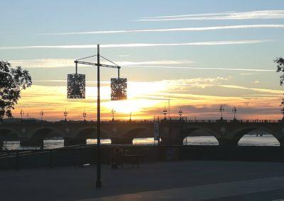 Pont de Pierre au lever du jour, Bordeaux